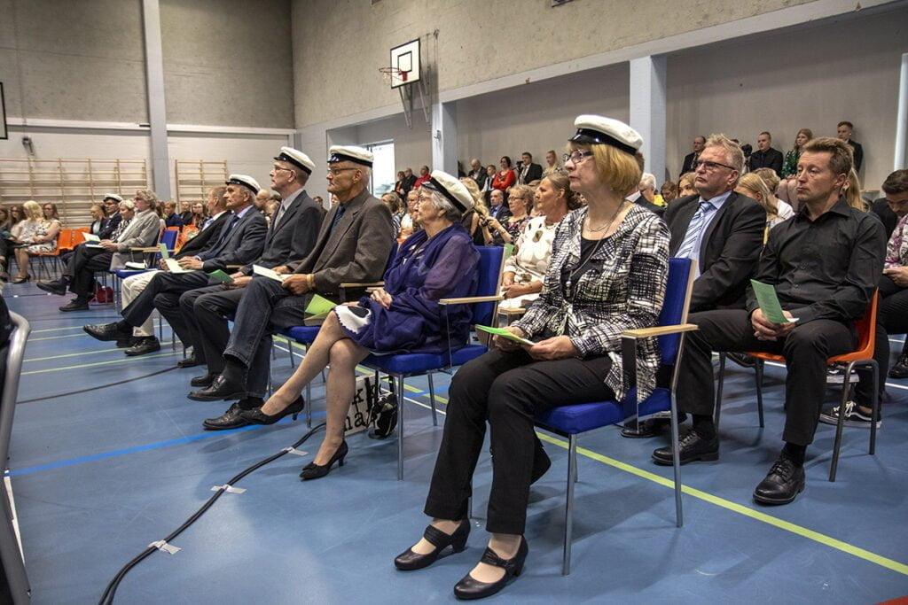 Lauantain ylioppilasjuhlaan osallistui kunniavieraina kymmenen riemuylioppilasta eli 50 vuotta sitten ylioppilaaksi kirjoittanutta.