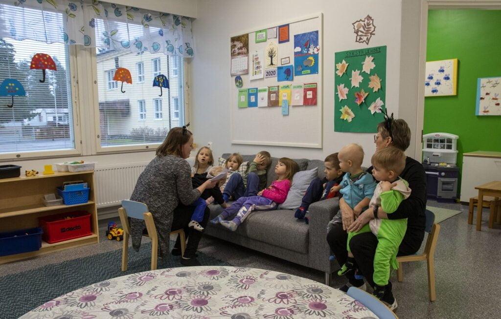 Ryhmäperhepäiväkodit siityivät Ruotasen entisen koulun uudempaan osaan elokuun lopulla.